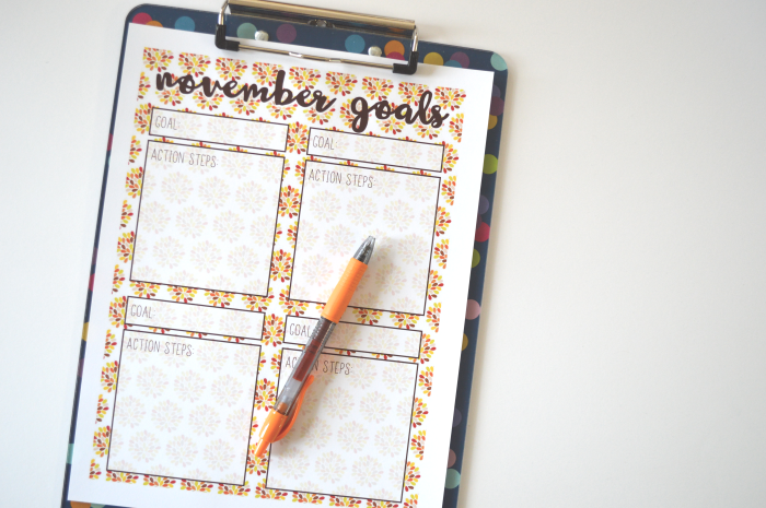 Free November Goals Printable + My Goals for the Month!