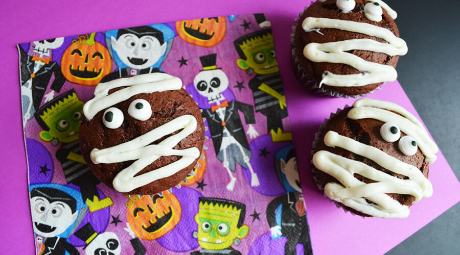Mummy Cupcakes Recipe for Halloween!
