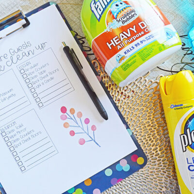 Thanksgiving Holiday Cleaning Caddy + Printable Cleaning Checklist