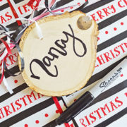DIY Wood Slice Gift Tag Tutorial